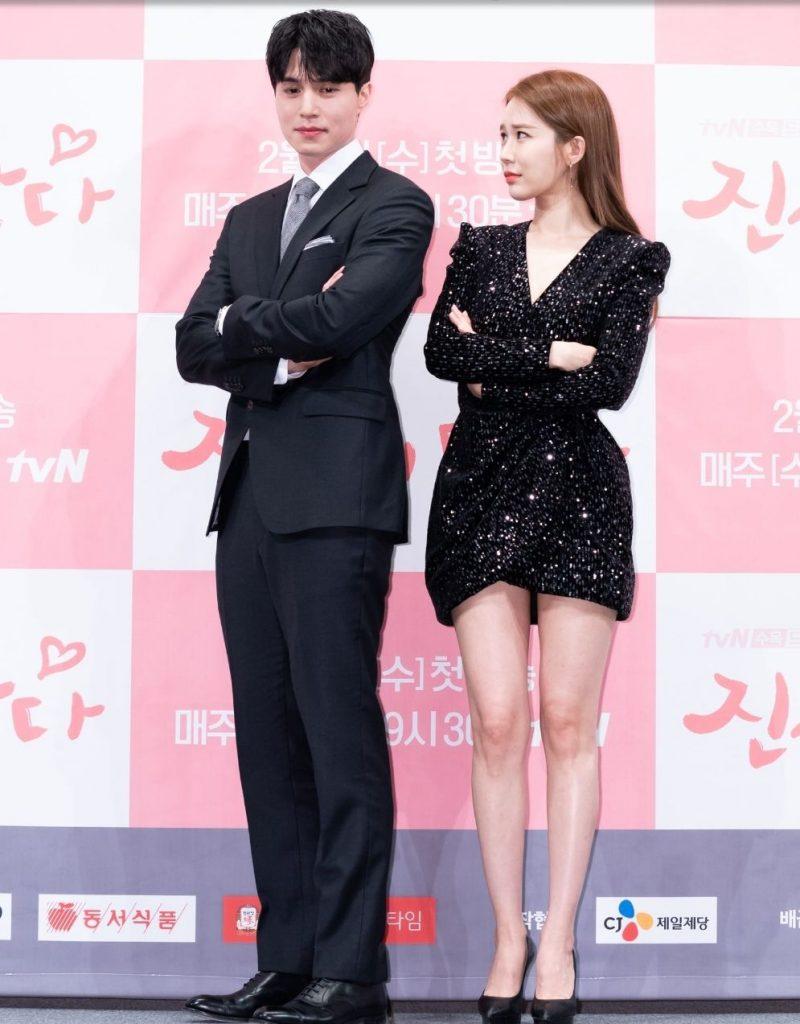 drama-actores-comedia-romantica-tv-actris-belleza-jovenes-pareja