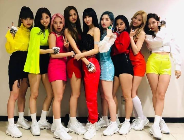 TWICE miembros 2019 - Chae Young estatura