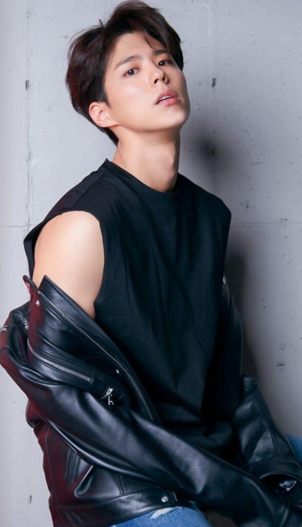 Park Bo Gum actor coreano joven guapo y mejores actuando